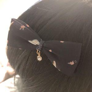 ✨ Bow Hair Clip Navy